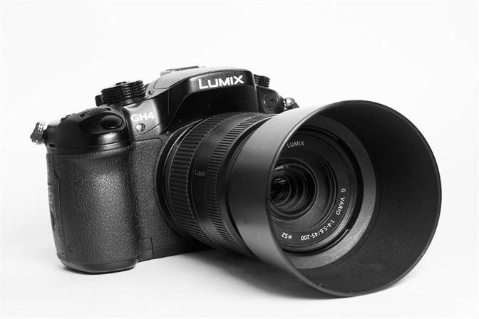 A mirrorless camera