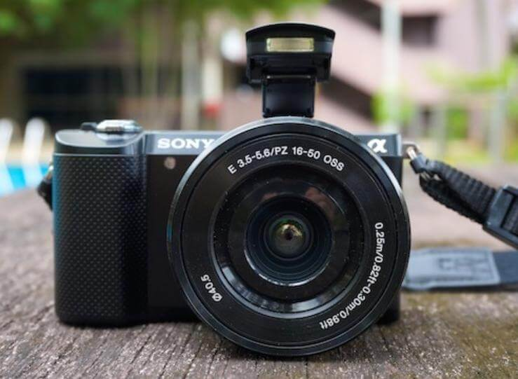 best lens for sony a5100