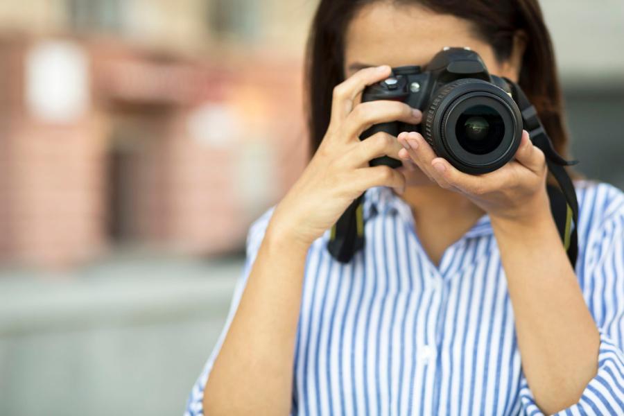 Best Bridge Cameras Under $300 - Our Top 5 Picks