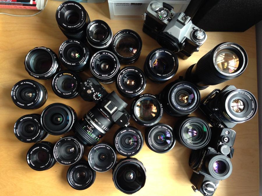 Best Minolta Lenses In 2020 [Our Top 5 Picks]