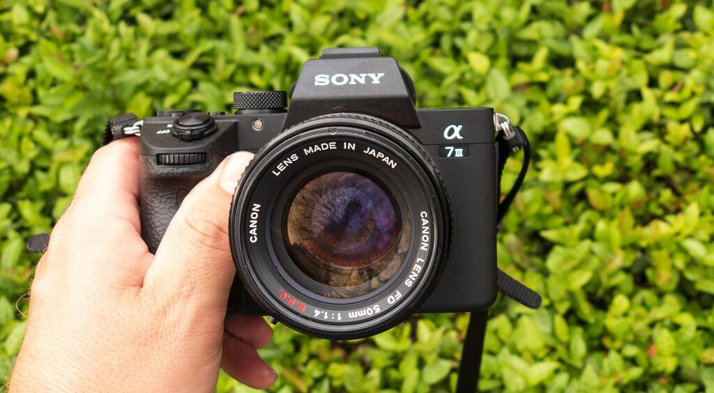 Best Wide Angle Lenses for Sony A7III (Comparison)